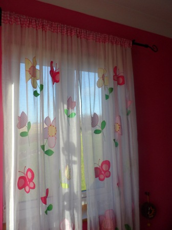 a little girl s pink room on a sunny day mom in the garden. Black Bedroom Furniture Sets. Home Design Ideas