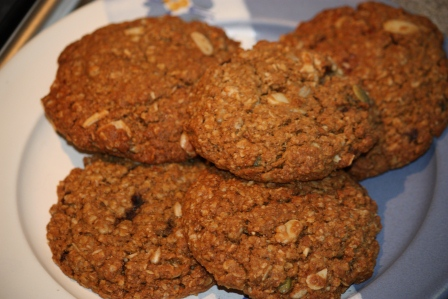 A full plate of Granola Cookies.
