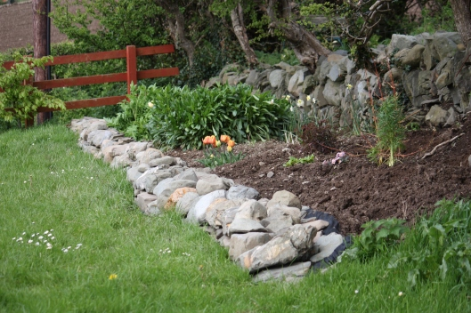 The ditch wall garden.