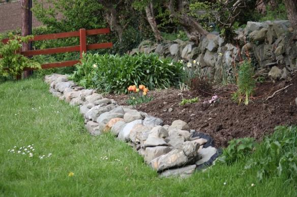 The ditch wall garden.