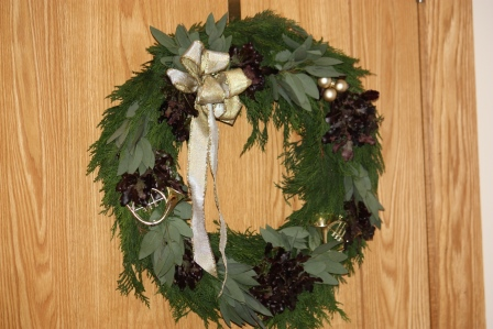 A simple Christmas wreath