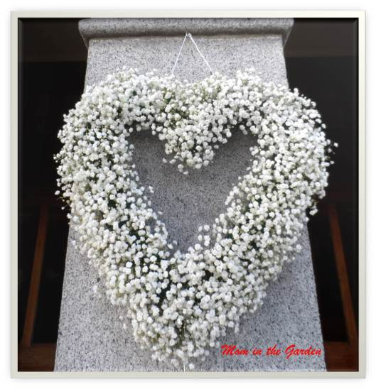 Heart wreath of baby's breath