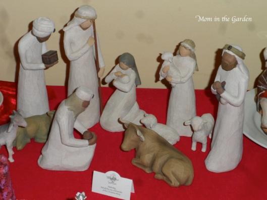 Christmas Crib Willow