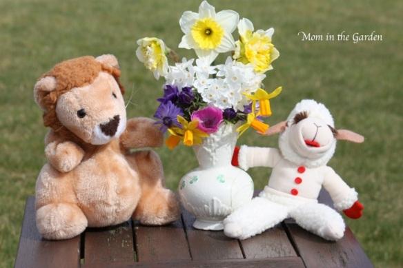 Lion Lamb Spring Bouquet