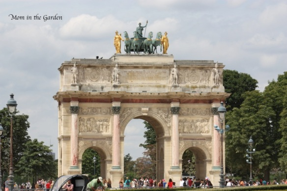 "Arc de Triomphe du Carrousel (we called this the ""mini arc"")"