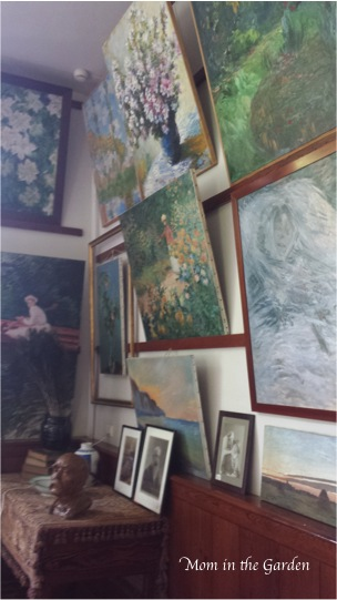Inside Monets house more paintings
