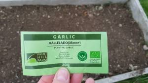 organic Vallelado Garlic label