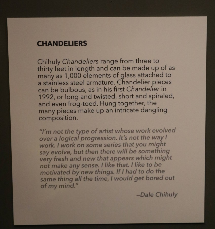 a description of Dale Chihuly's chandeliers