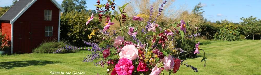 Rose arrangement full view